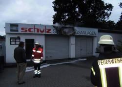 Brennt Werbeschild; Allensteiner Str. - Firma Schulz
